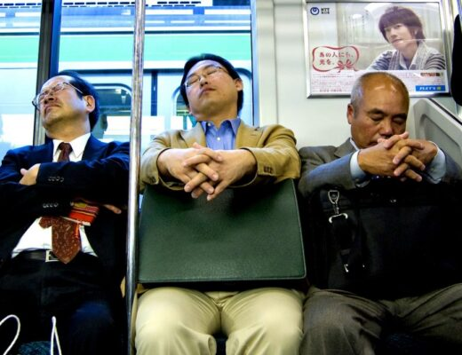 Inemuri- Ngủ gật ở Nhật Bản