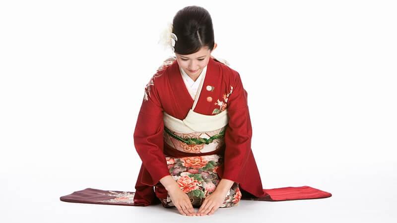 omotenashi - Nghệ thuật chăm sóc khách hàng Nhật Bản