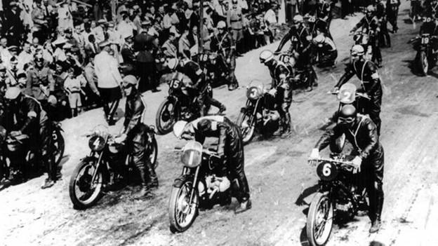 Cuộc đua lên đỉnh núi Phú Sỹ năm 1955